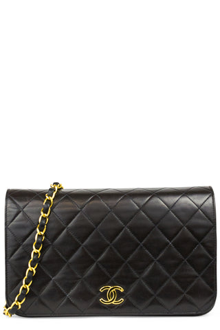 CHANEL Maxi Flap Bag Vintage