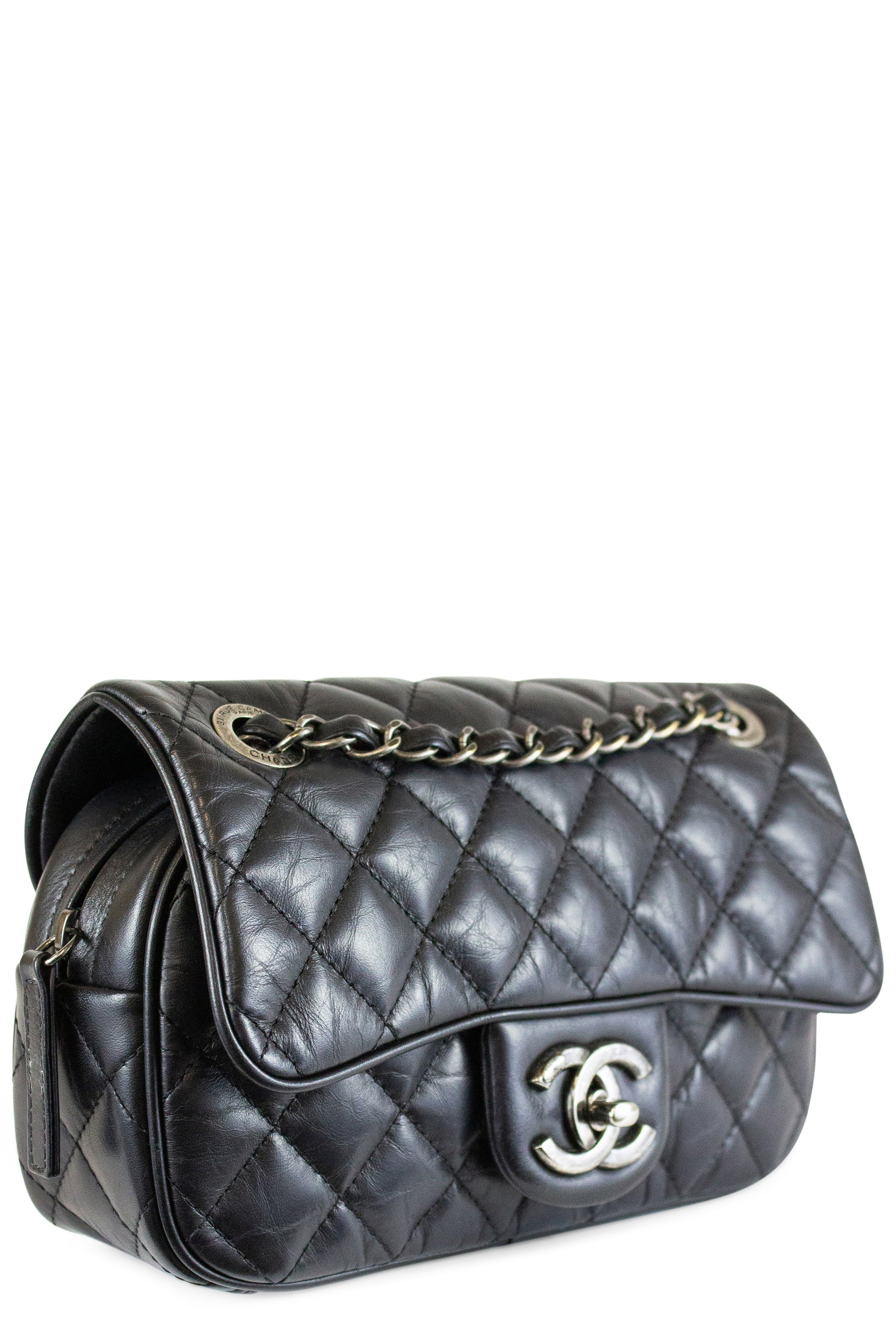 CHANEL Flap Bag Crossbody