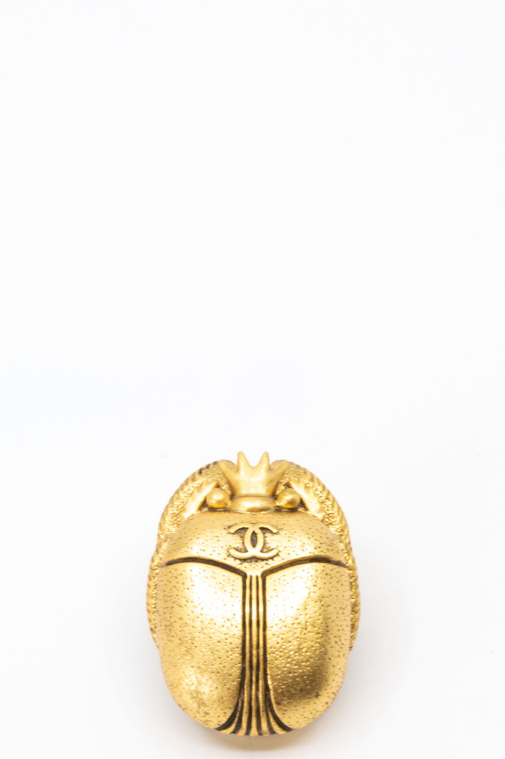 Chanel Scarab Brosche in Gold.