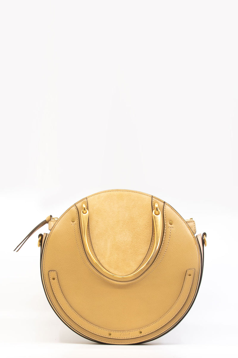 Chloé Pixie Bag in beige.