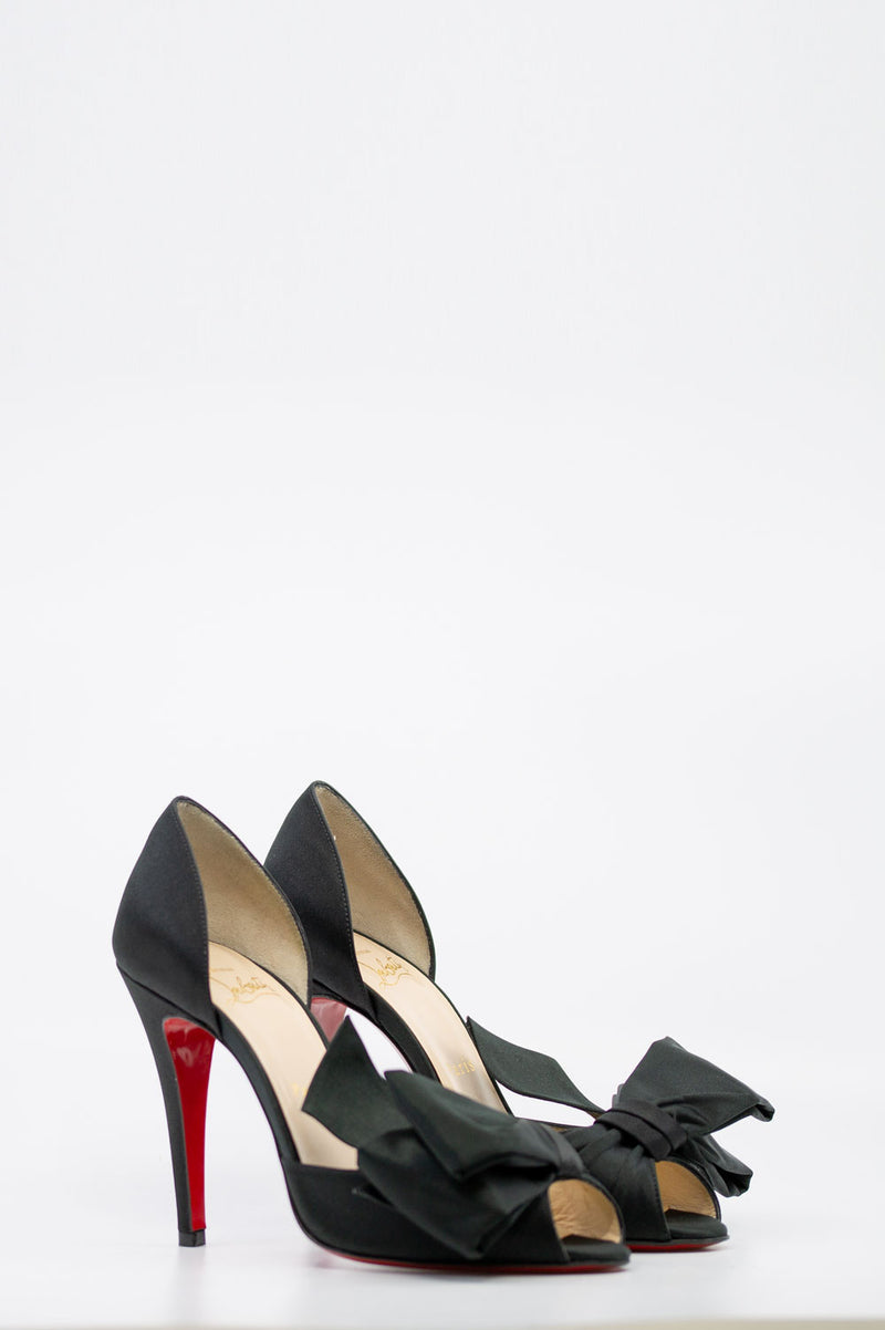 CHRISTIAN LOUBOUTIN Bow T Dorset Pumps