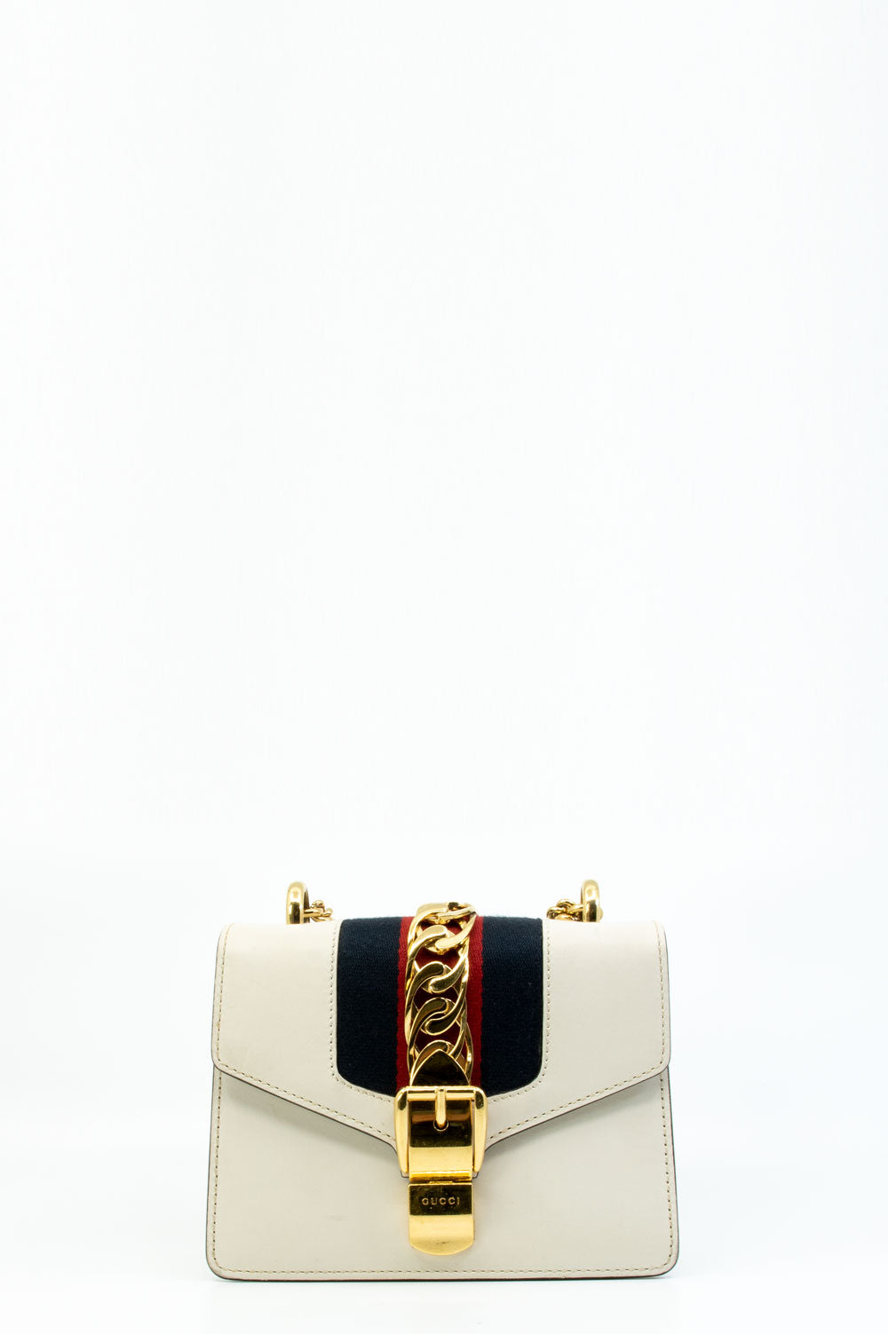Gucci Sylvie Bag in weiss.