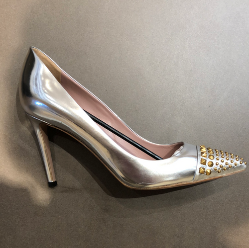 GUCCI Pumps Silver Leather with Studs