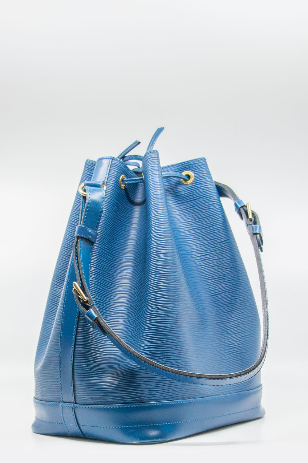 LOUIS VUITTON Grand Sac Noe Epi Blue D-Ring