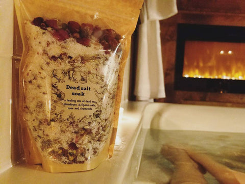 Salt Bath Soak
