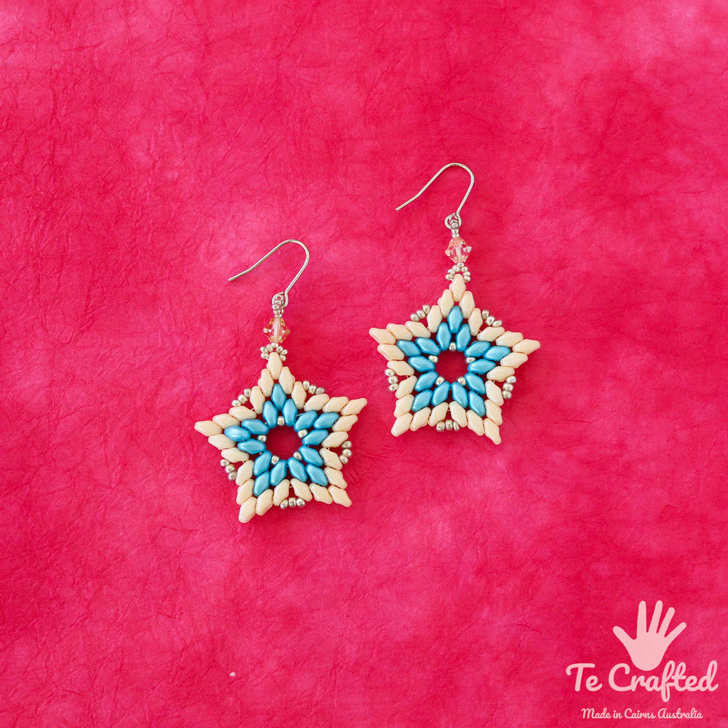 Beaded star earrings turquoise