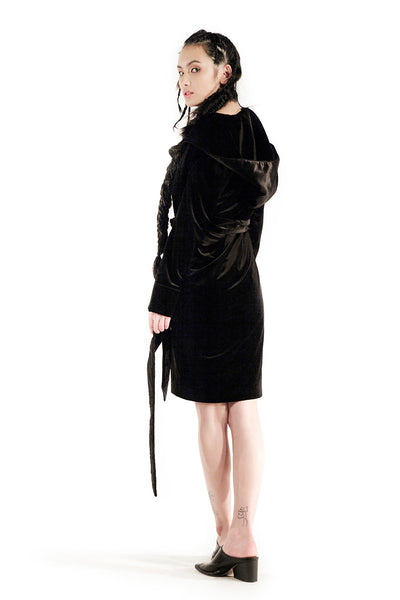 The Morgan Robe (Black) - Sarah Lai