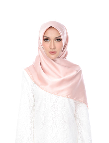Anne Shawl Collection