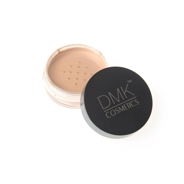 DMK Cosmetics Loose Powder HD 4.5g  (2 Colour Options)