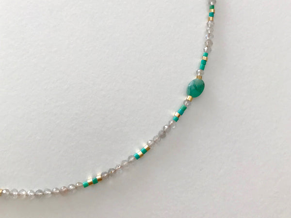 Labradorite Beads Necklace with Emerald central stone