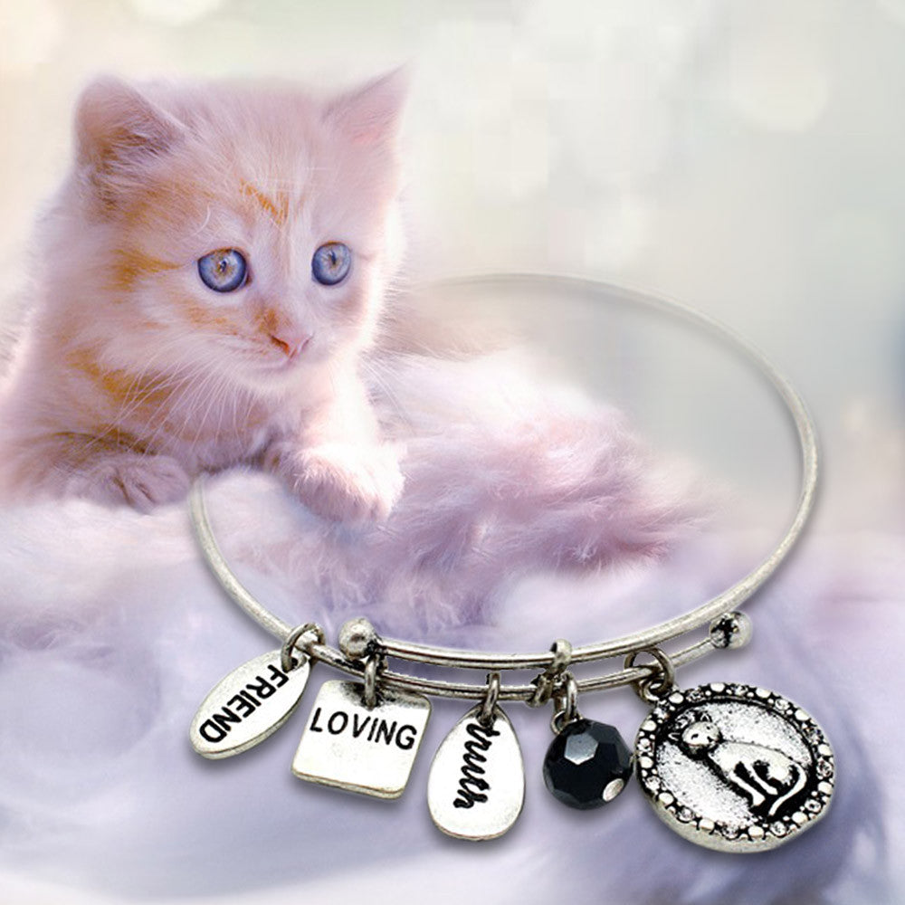 Perfect Bracelet to showcase your purrfect love