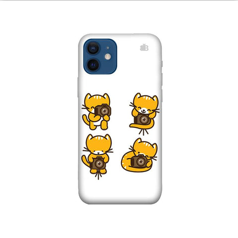 Photographer Kitty iPhone 12 Phone Cover