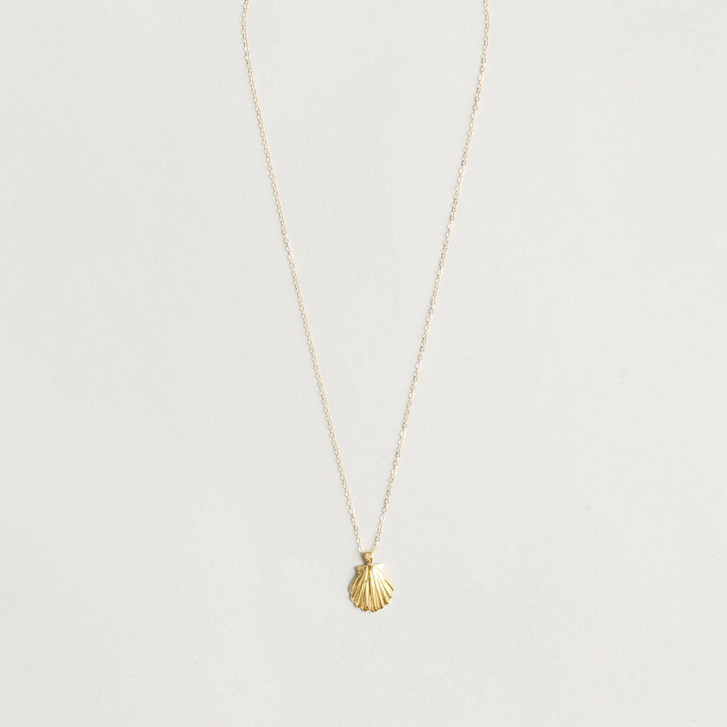 Wolf Circus - Marcel Shell Necklace - Yellow Gold