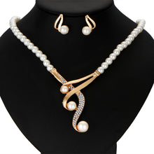 Crystal Beads Necklace with Simulated Pearl Earrings