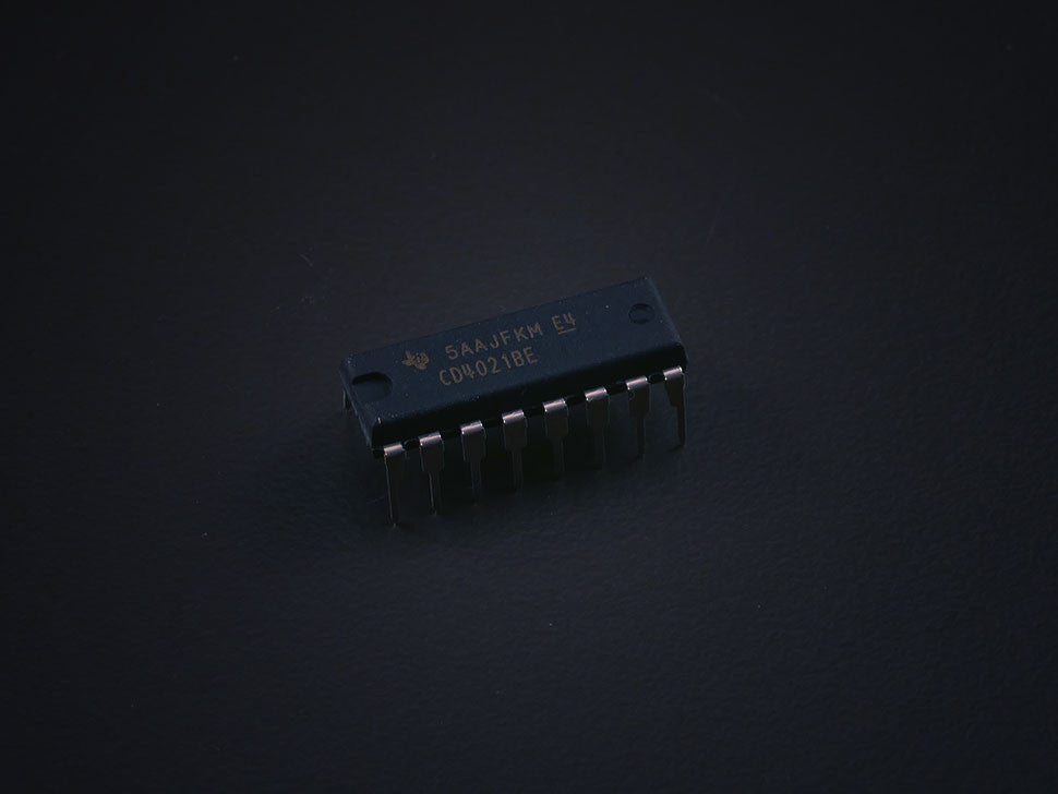 4021 IC Shift Register - CD4021BE