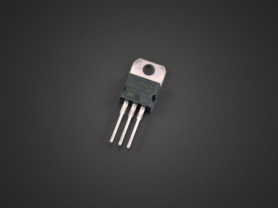 LM7805 Voltage Regulator 5V 1.5A