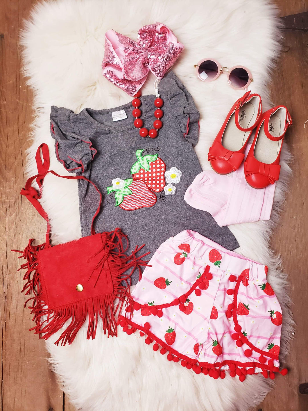IN STOCK! Strawberry Pom Short Set