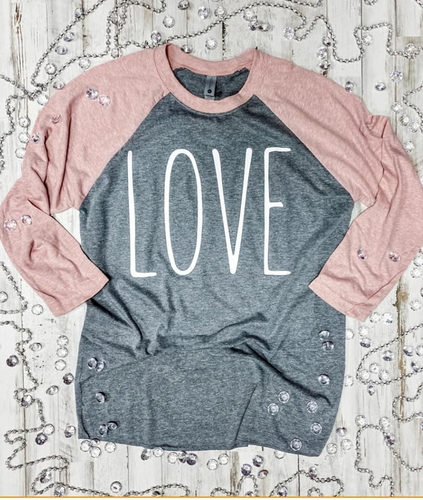 SALE! For Mom Love Shirt size XL