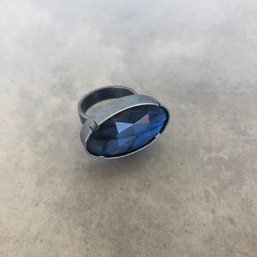 horizontal labradorite ring