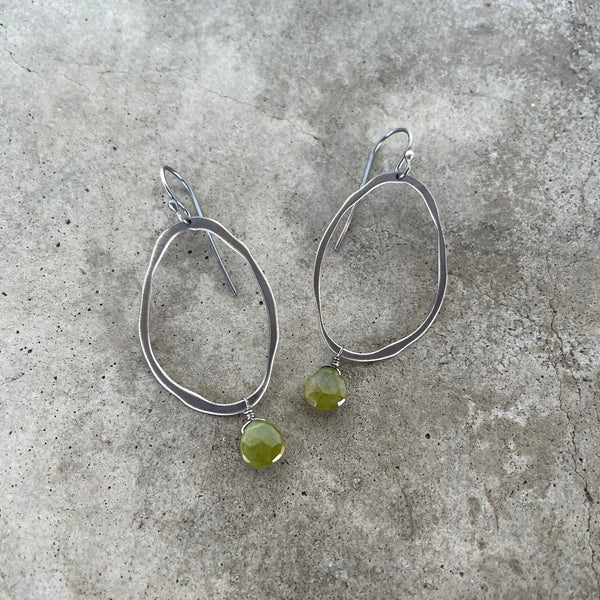 small extra thin rough cut earring with stone