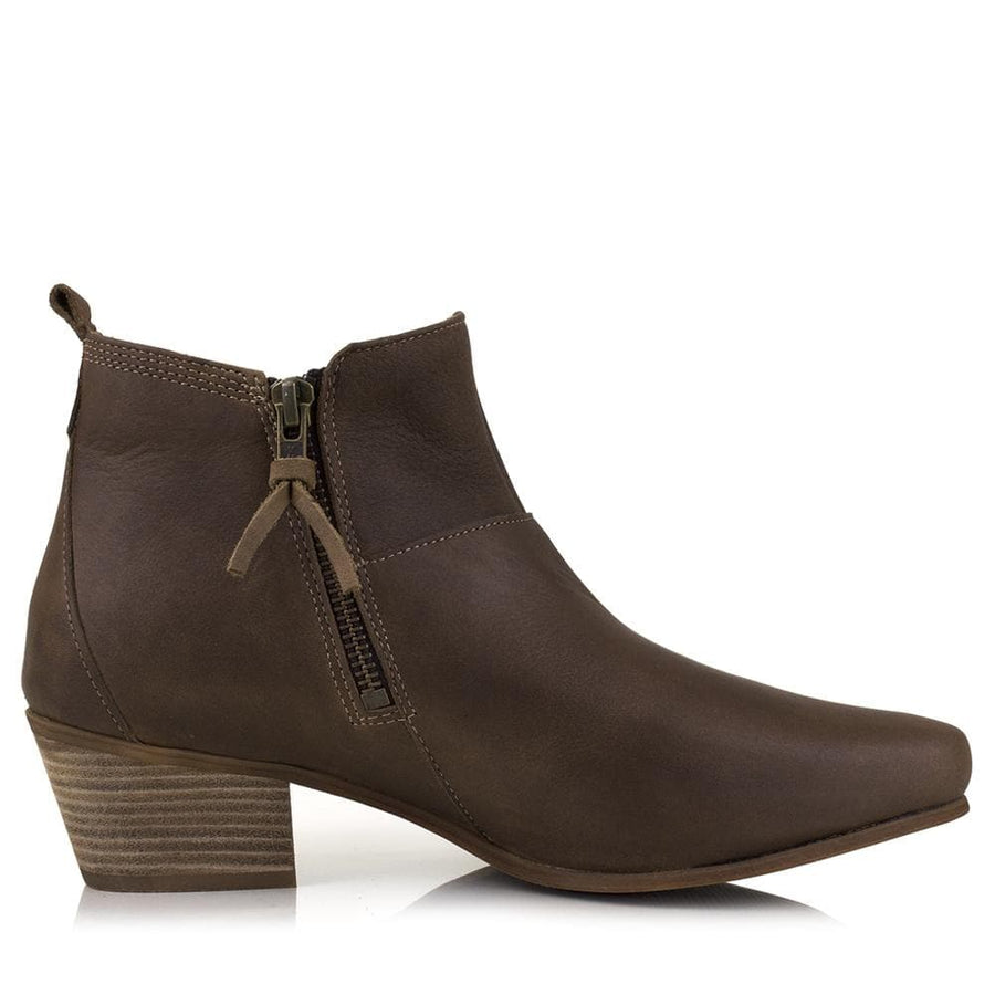 Roxy - Waxed Leather - Bareback Footwear