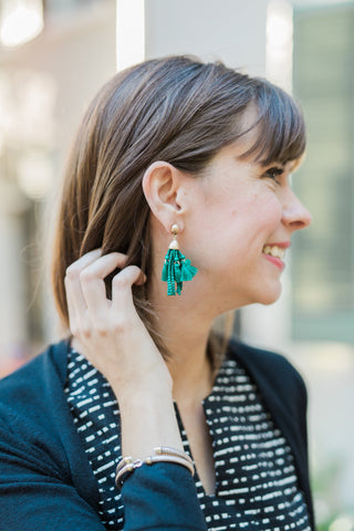 clothing for tall women - must have fall accessories - statement earring - jeweled tone
