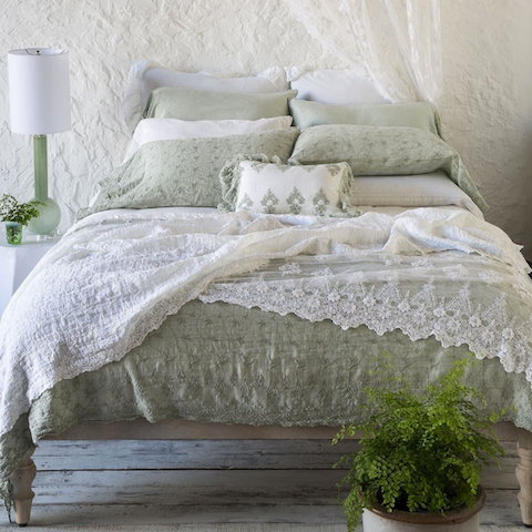 Relish New Orleans Bella Notte Linens