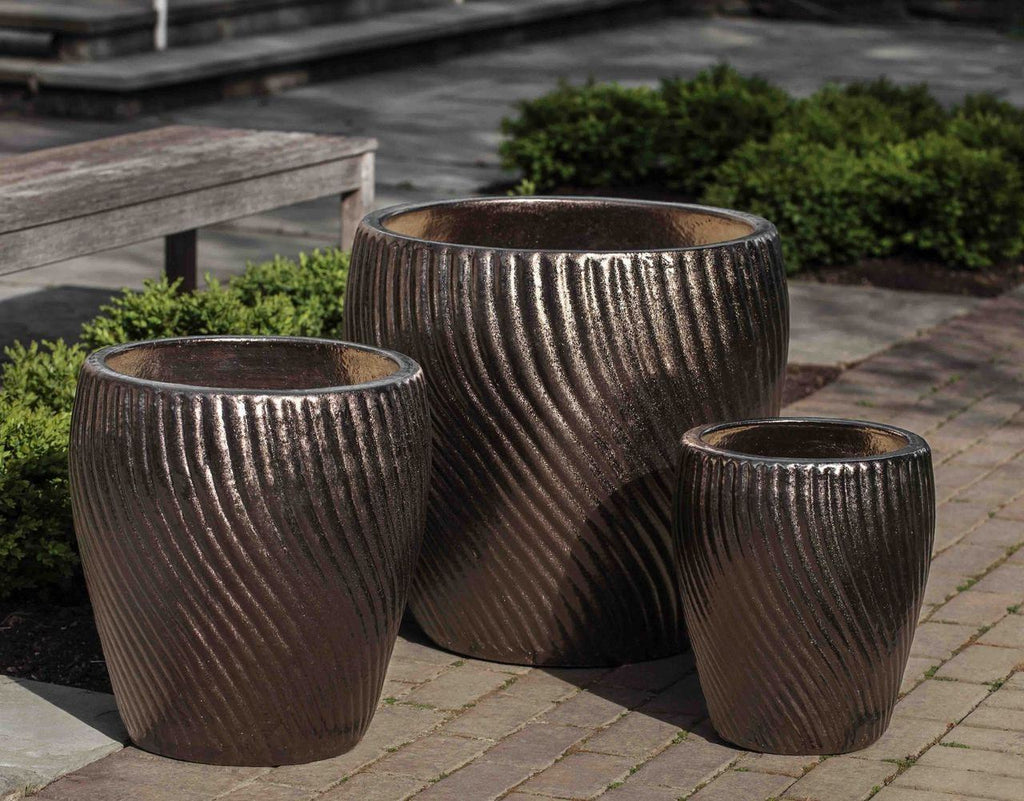 Campania International Vortex Planter Set of 3 in Bronze DorÌÎå© At Home with Beth and Chad