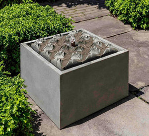 Campania International Square Waves Fountain