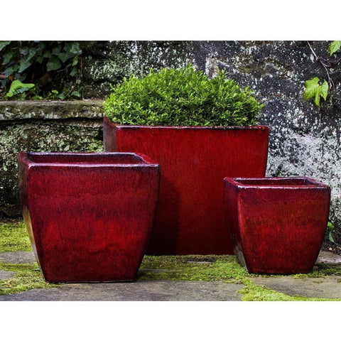 Campania International Lorimar Planter Set of 3 in Macintosh Red