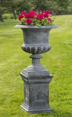 Campania International Barnsley Iron Urn