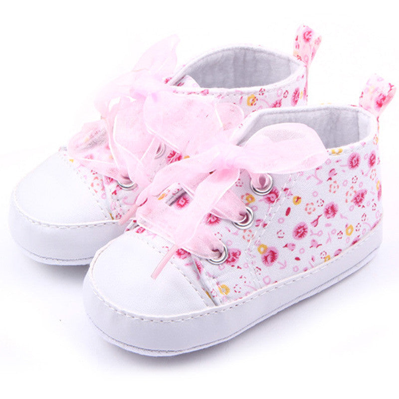 Ribbon Loop Flower Sneakers