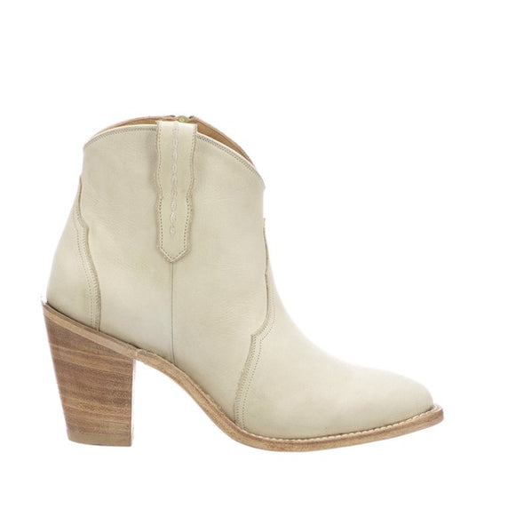 Women's Lucchese Gigi Leather Ankle Boots Handcrafted Cream - yeehawcowboy