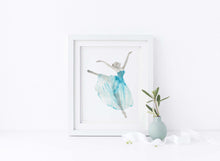 Ballet Dancer Gifts, Ballet Dancer Gift Ideas, Ballet Gifts UK, Ballet Gift Ideas, Ballerina Pictures, Ballerina Print