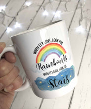 When it Rains Look for Rainbows When it's Dark Look for Stars Positive Mug