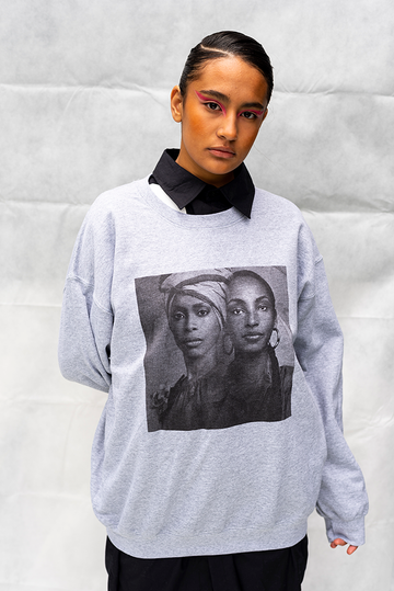 BADU/SADE PRINT - UNISEX TOP / LIGHT GREY