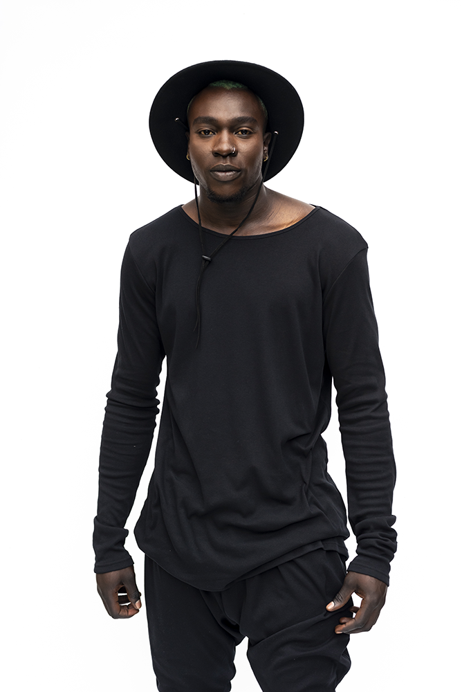 JEAN :  MENS LONG SLEEVE TOP / BLACK
