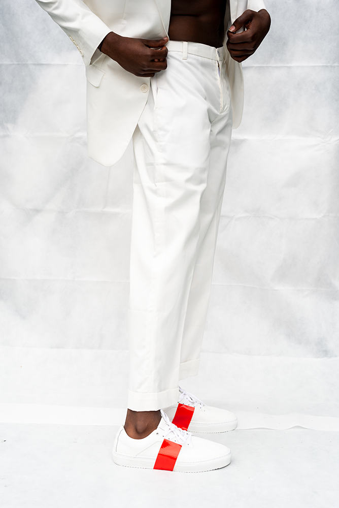 MOOKIE : MENS LOOSE CUFFED PANT / WHITE