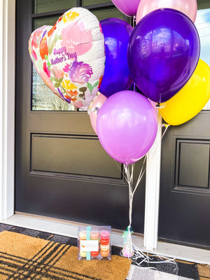 Mother's Day Balloons & Macarons (Twin Cities Only)