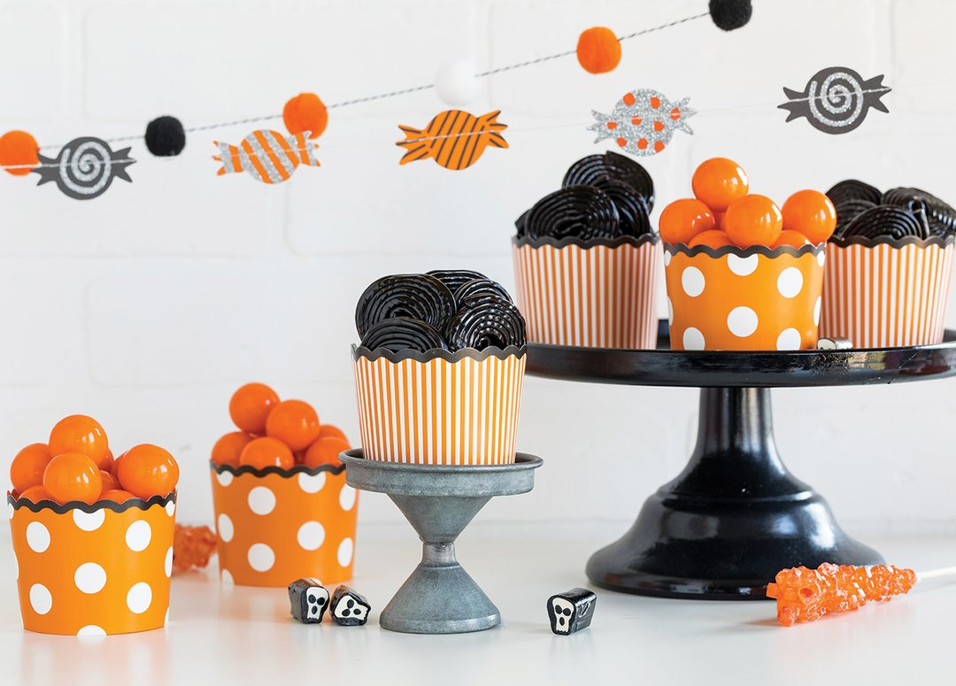 Halloween Orange & Black Snack Cups