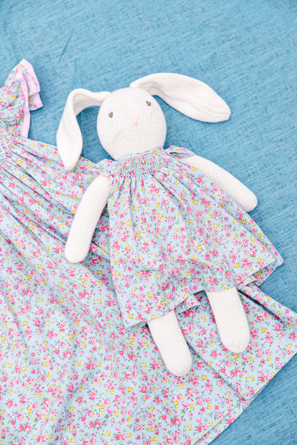 Easter Bunny in Dress D1254