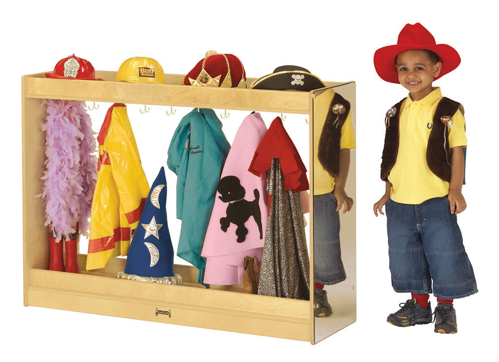 DRESS UP ISLAND  COSTUME STORAGE