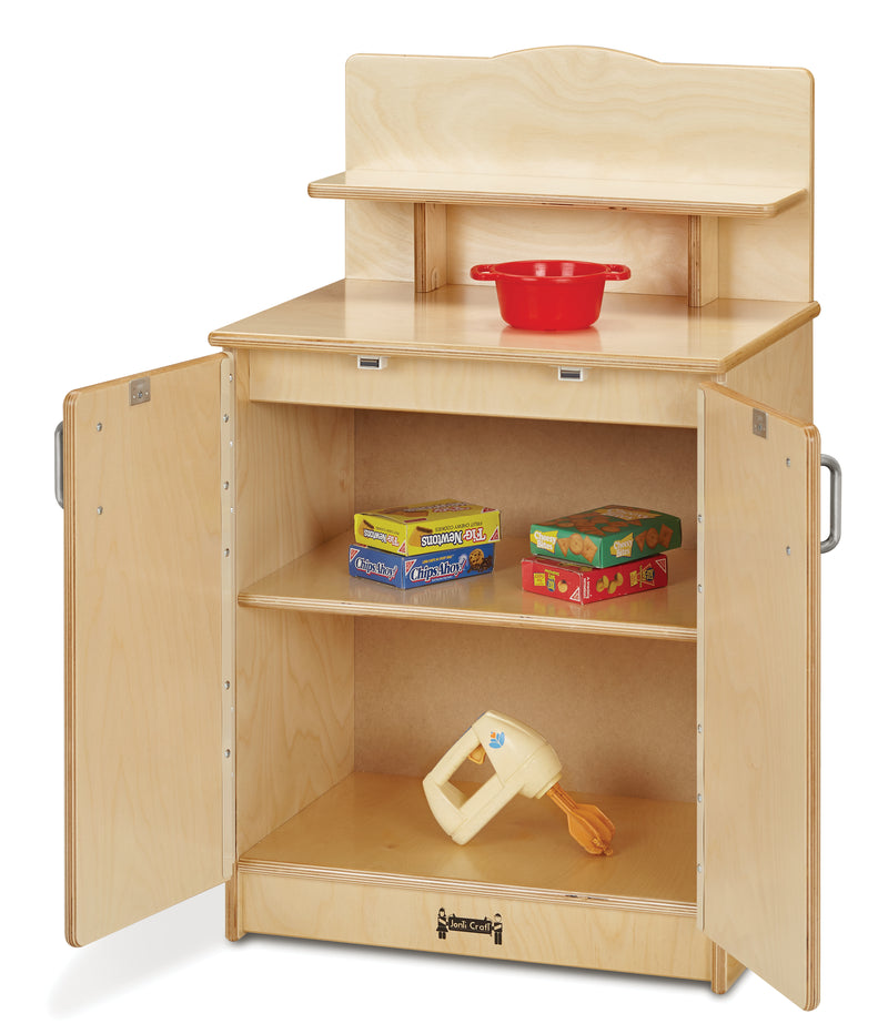 Wood play cupboard, interior view