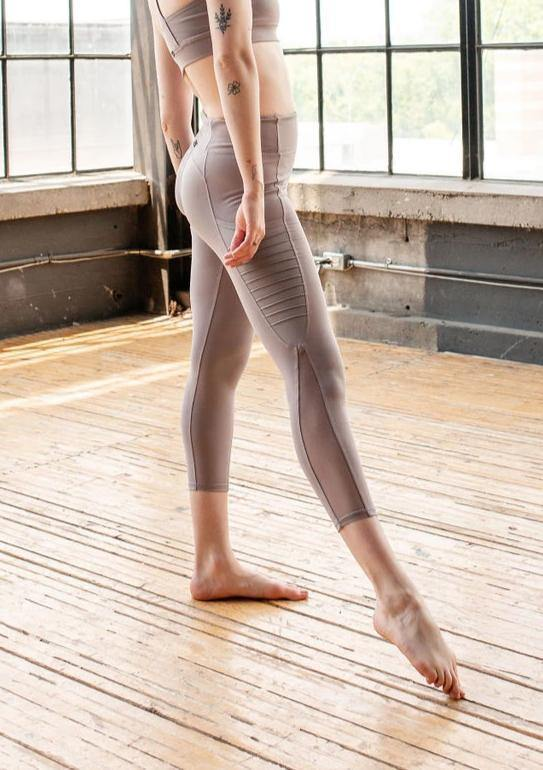 ICY MAUVE SPLICE RIBBED POCKET LEGGING