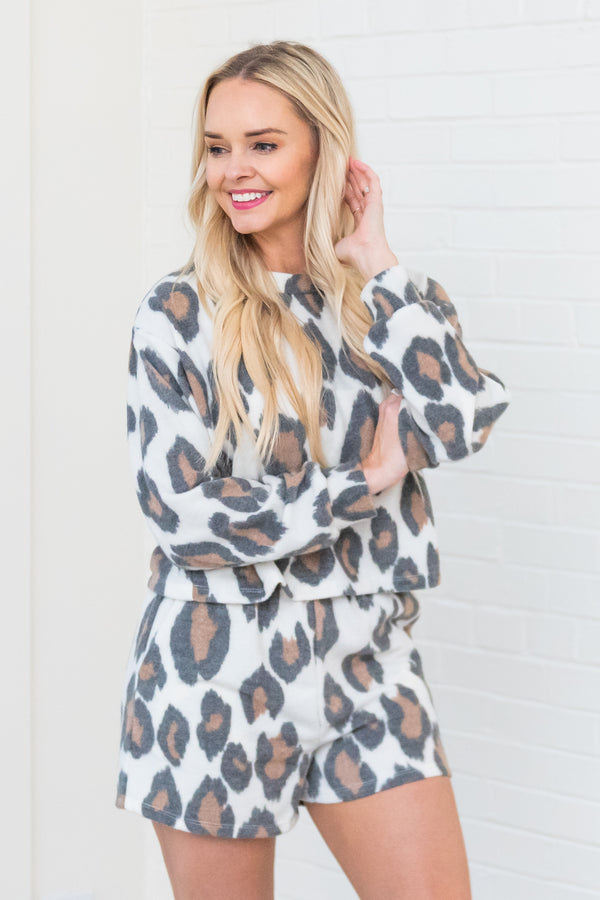 Bring You Fame Fuzzy Leopard Top