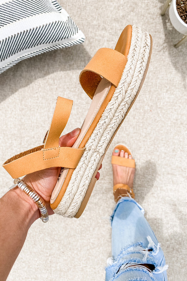 Kinsley Sandals in Tan