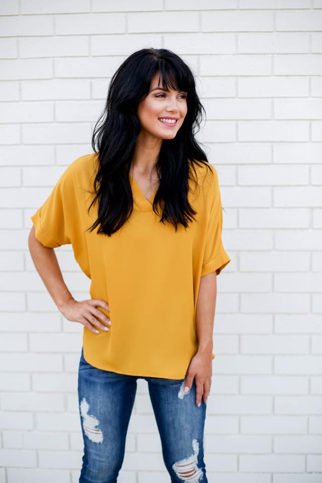 Danny V-Neck Top with Cuffed Half Sleeve