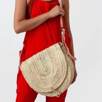 Safi Crossbody Basket