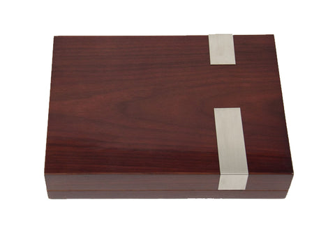 Photo of the front facing closed Bey-Berk Walnut Travel Humidor - 12 Cigars C410