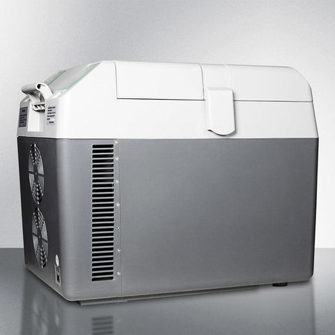 Summit SPRF26 Versatile Design Portable Cooler